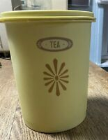 Tupperware Canister Yellow Gold Servalier Tea Stackable with lid 811