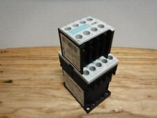 Siemens 3RT1016-1BB42 Contactor 3Pole 20AMP 24VDC W/ 3RH1911-1FA22 AUX.
