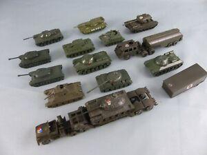 ROCO EKO 1:87 AUSTRIA lot de 15 chars canons militaires WW2 en plastique DIORAMA