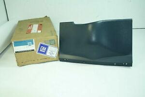 NOS GM OEM Column filler Cover Pontiac Grand AM 85 - 91 Color black 22536108