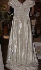 1980s Sweetheart Gowns Wedding Bridal Dress Beaded Pearls Sz 6-8 Headpiece Veil
