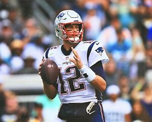 Tom Brady--New England Patriots--8x10 Glossy Color Photo