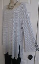 NEW Very Long Flared Knot Sleeve Tunic Top Lane Bryant Embossed Plus 26/28 3X/4X
