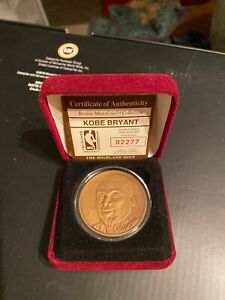 kobe bryant highland mint bronze coin onley 25,000 minted exc con