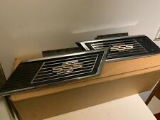 DATSUN 510 SSS SIDE VENTS C PILAR VENTS with EMBLEMS ORIGINAL used authentic