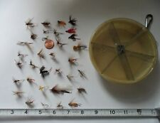 33 Vintage Fishing Hand Made Freshwater Flies W/Fly Box