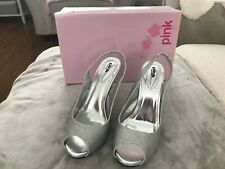 PINK BY PARADOX CARRIE SILVER SHOES (SIZE UK7 EU40)
