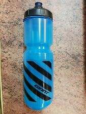Giant bikes Water Bottle Pour fast dualflow 750 0.75 ml blue black official new
