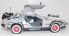 WELLY Back to The Future 3 Delorean Time Machine 1/24 Scale