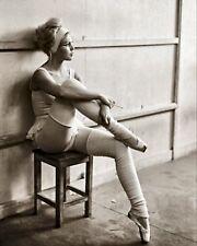 BRIGITTE BARDOT Smoking & Hot Ballerina PHOTO  (171-x)
