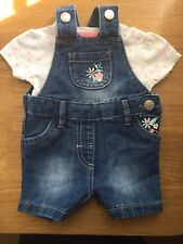 BABY Girls SUPER CUTE Blue Denim Embroidered FLORAL Dungarees + Tee 0-3 mths