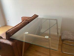 Esstisch aus Glas, 150 cm lang, in Benutzung seit 6 Monaten - guter Zustand