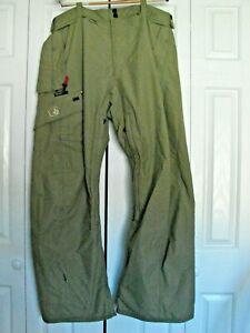 men's Volcom Nimbus Snowboard ski pants size large green
