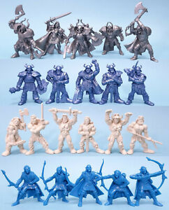 Set of 21 toy soldiers. Soft plastic 54 mm by Tehnolog.