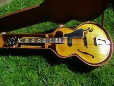 GIBSON ES-175 ARCHTOP GUITAR, 1950, BLOND, SERIAL # A 4811, P-90, LIFTON CASE