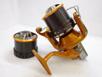 Daiwa Spinning reel for long-distance casting 07 Tournament Surf Castism 35QD
