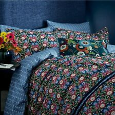 V&A Primula Navy Reversible Floral Double Quilt Cover Bedding Set