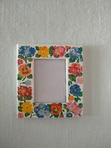 """MATTHEW RICE Paper Picture/Photo Frame Made in England, 2.5"""" Floral Flower Motif"""