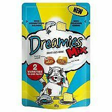 Dreamies Mix Cat Treats with Scrumptious Salmon & Delicious - 60g - 161558