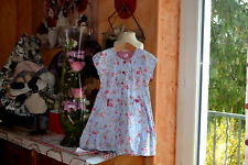 catimini robe  4 ans bleu fleurie bas fait un peux boule