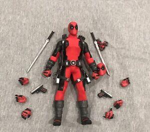 mezco one 12 deadpool red