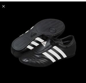 New Adidas SM 2 Taekwondo Karate MMA Hapkido Martial Arts Indoor Shoes BLACK