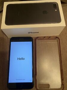 Apple iPhone 7 Plus - 32GB (Unlocked) - Black - In Excellent Condition.