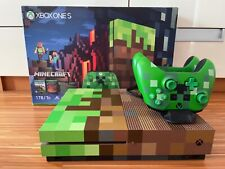 Xbox One S MINECRAFT Limited Edition 1 TB mit 2 Controllern und Zubehörpaket