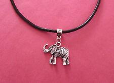 Cuero Negro Collar Gargantilla Con Plata De La Suerte Elefante Charm-Nuevo-Vendedor de Reino Unido