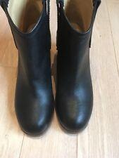 Maison  Martin Margiela Women's Boots Sz40