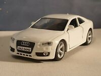 AUDI A5 COUPE in WHITE 1.32 MODEL PERSONALISED PLATES BOXED NEW BOYS TOYS GIFT