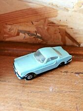 voiture Norev ancienne Volvo p 1800 n°44 1/43 made in France toy's car