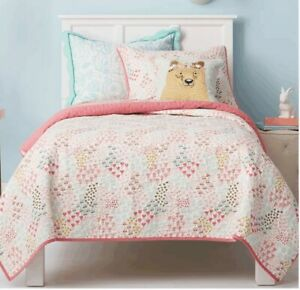 NEW PILLOW FORT Girl's Pink Fetching Florals Quilt TWIN SIZE + BEAR PILLOW