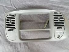 FORD F150 EXPEDITION CENTER DASH RADIO CLIMATE BEZEL AIR VENT TRIM D GRAY 97-02