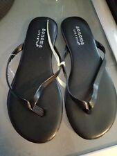 New Sonoma Black Flip Flop Sandals Size 12
