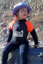 NUOVO-Kids 3mm Completo WETSUIT Tutti Sport Acquatici / spiaggia Utilizzare (taglie da 1 a 8 anni)