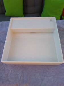 Laufen Kartell wall hung square sink in brilliant white with no tap hole