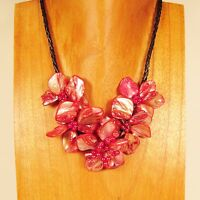 "16"" Cherry Red Flower Shell and Seed Bead Handmade Necklace Choker"