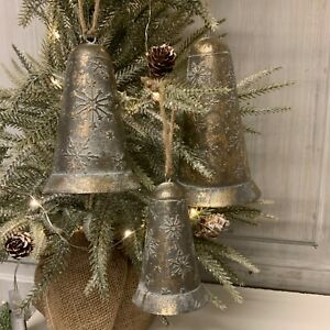 3 x Metal Bells Christmas Vintage Style French Country Snowflake
