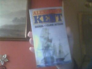 Signal-Close Action! by Alexander Kent Paperback English  Arrow 1976
