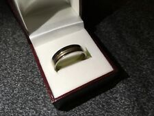 GENTS UNISEX TITANIUM AND GOLD FANCY BANDED RING SIZE T 1/2 NEW