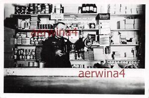 Proviantmeister Wehrmacht in der Lebensmittel - Ausgabe Gotenhafen Gdynia Polen