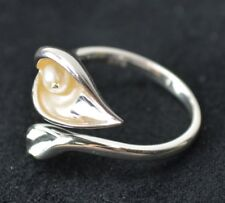 New Avon Sterling Silver Calla Lilly Ring w/ Genuine Freshwater Pearl Size 6