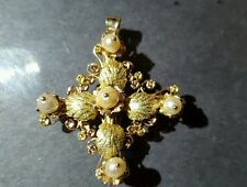 antique 10k yllow gold  pendant with pearls