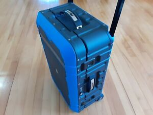 Pelican Elite Carry On Luggage - NEW Pluck Foam - Blue & Black - No Comb Latch