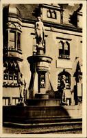 Schönebeck alte DDR Ansichtskarte ~1950/60 Blick auf den Marktbrunnen Statuen