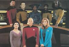 Star Trek TNG The Next Generation 1992 Crew on bridge postcard 105-185