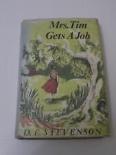 MRS TIM GETS A JOB DE Stevenson HARDBACK Book 1973 VINTAGE