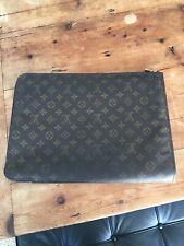 Louis Vuitton Vintage Poche Document