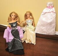 2 Full Articulated Posable BARBIE DOLLS w/2002 Living Room CHAIR & Dresses Lot
